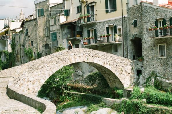 Zuccarello e Castelvecchio di Rocca Barbena (Liguria di Ponente)